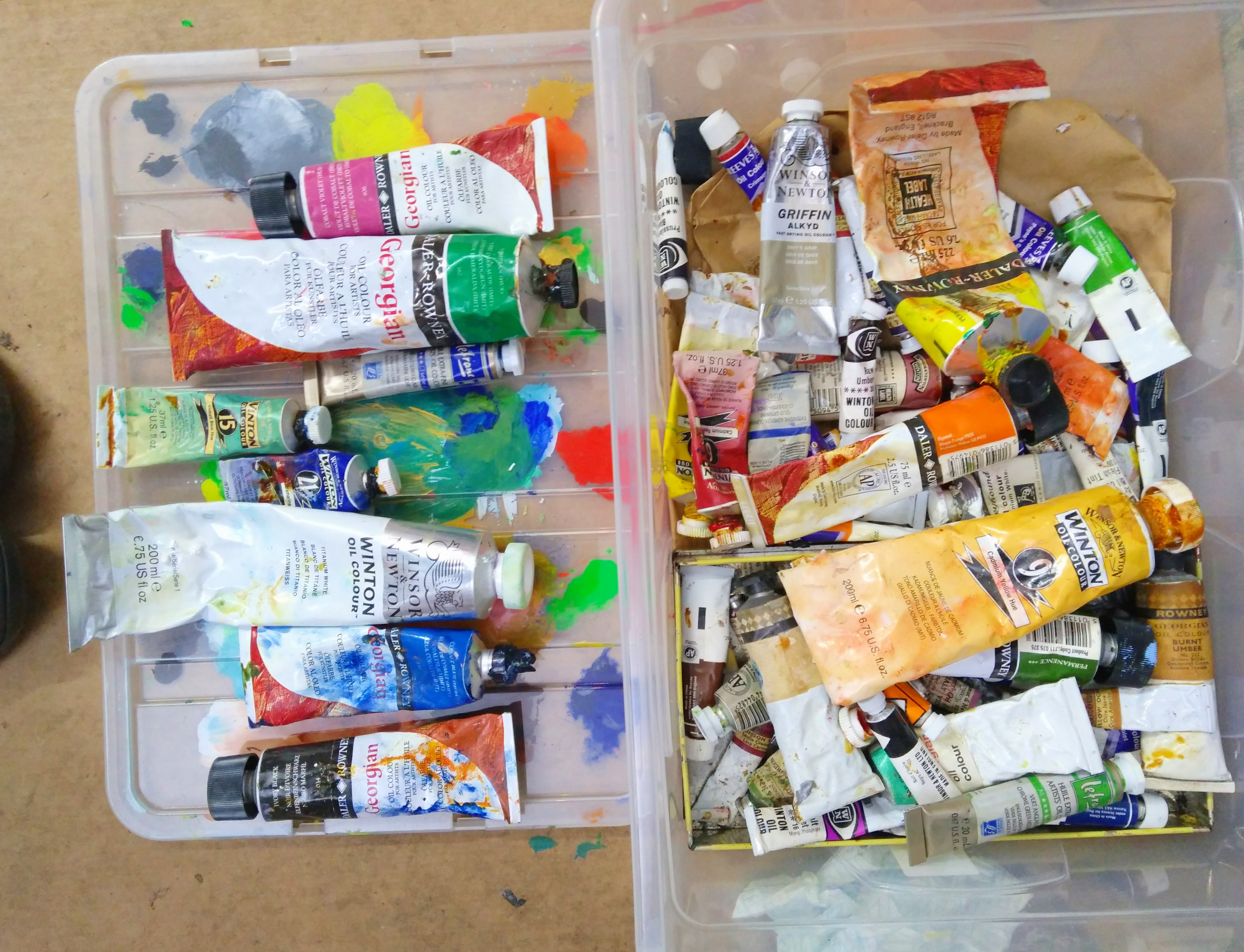 oil paint in tubes